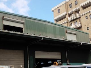 倉庫 改修工事の施工前